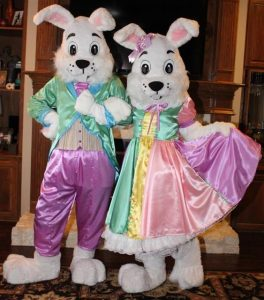 Dallas Easter Bunny and Mrs Bunny