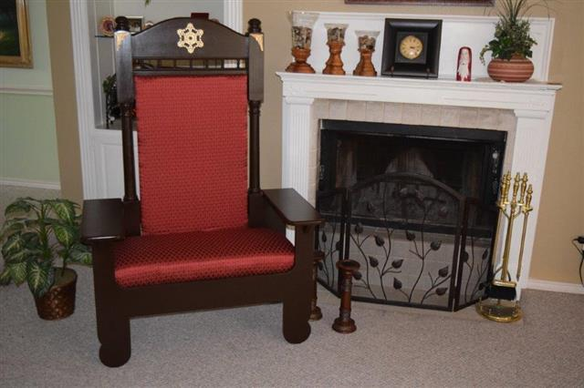 Santa Chair - Santa Throne for Rent