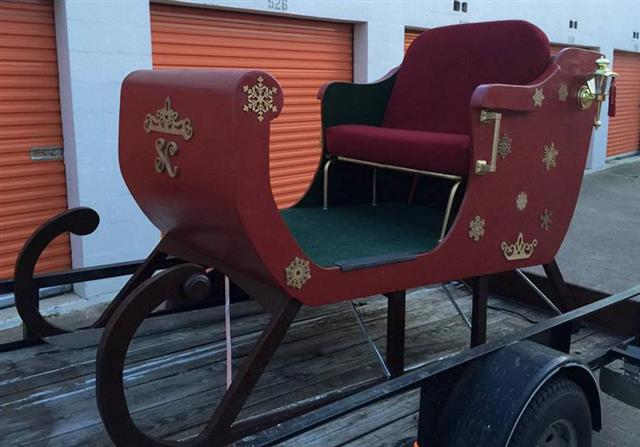 Santa Sleigh for Rent in Dallas Fort Worth
