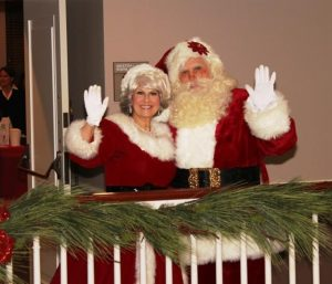 Southlake Town Square Tree Lighting Santa Claus and Mrs. Claus