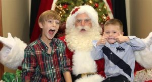 Funny Santa Claus Entertainer in Dallas
