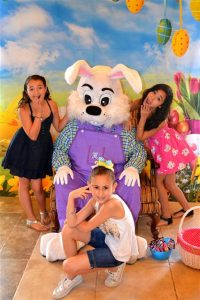 Pictures with Easter Bunny in Dallas